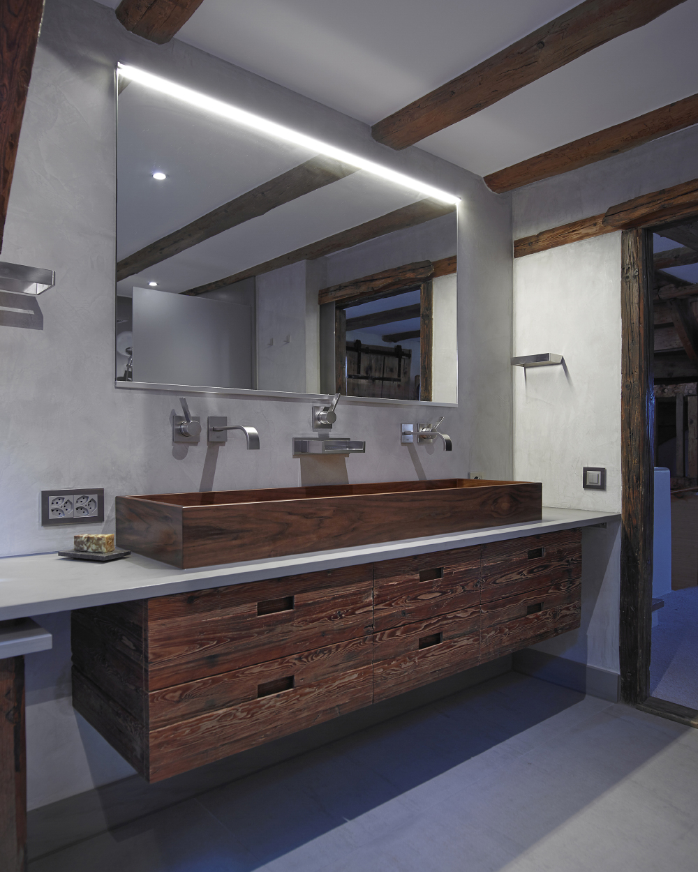 Residential Contemporary Bathroom